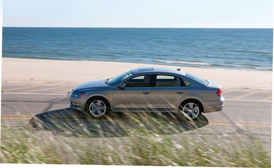 2011 Honda Accord EX-L V6, 2012 Volkswagen Passat 3.6 SEL, and 2012 Hyundai Sonata 2.0T Limited - Slide 10