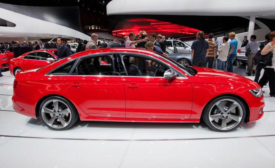 2013 Audi S6 4.0T sedan - Slide 5