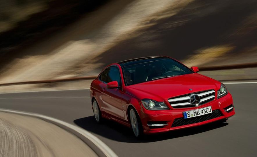 2012 Mercedes-Benz C250 coupe - Slide 5