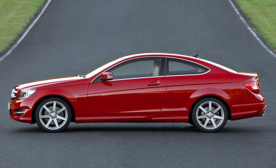 2012 Mercedes-Benz C250 coupe - Slide 6