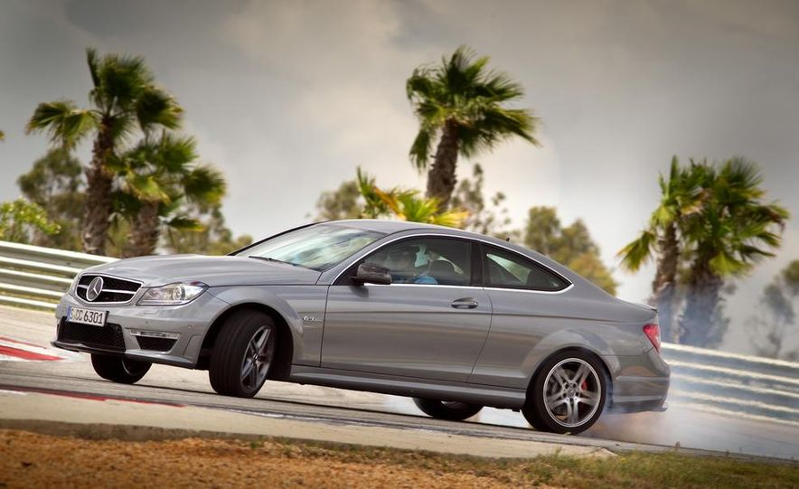2012 Mercedes-Benz C250 coupe - Slide 22