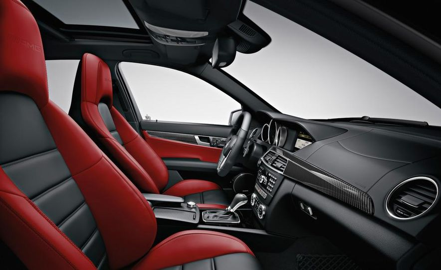 2012 Mercedes-Benz C250 coupe - Slide 14