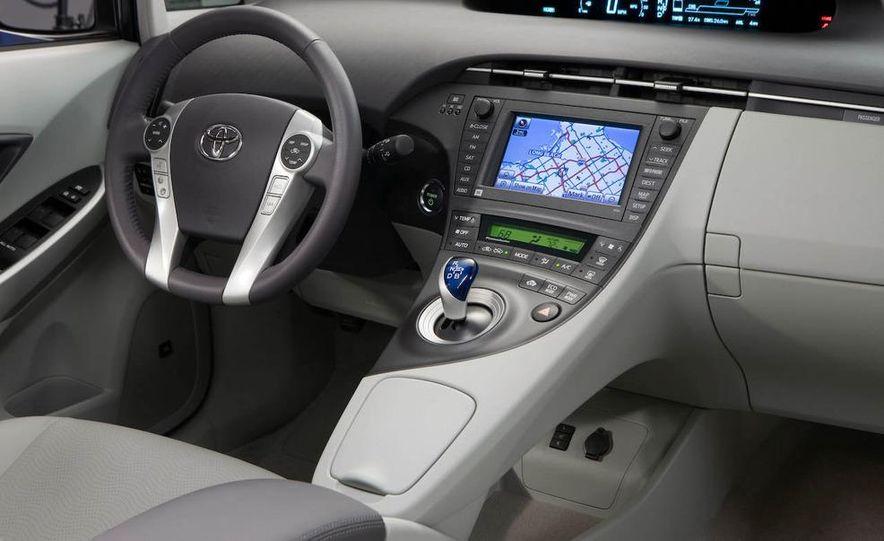 2012 Toyota Camry hybrid - Slide 26