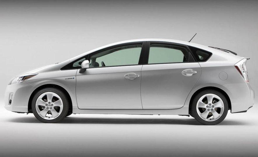 2012 Toyota Camry hybrid - Slide 22