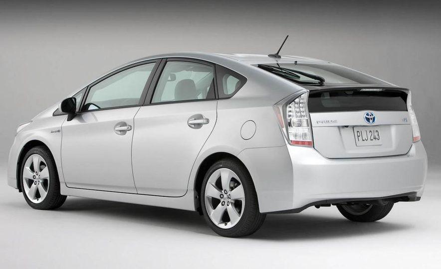 2012 Toyota Camry hybrid - Slide 25