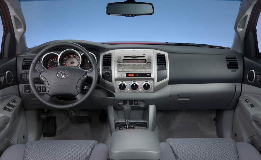 2012 Toyota Camry hybrid - Slide 38