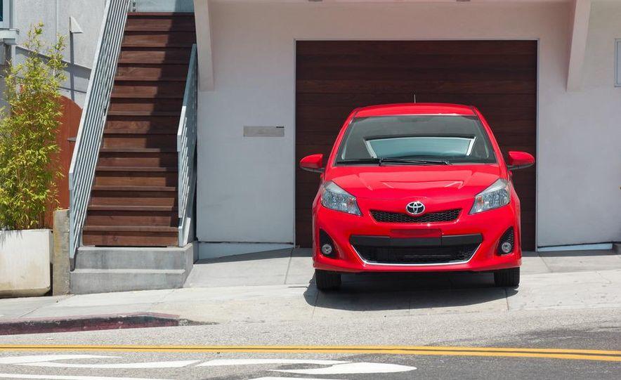 2012 Toyota Camry hybrid - Slide 48