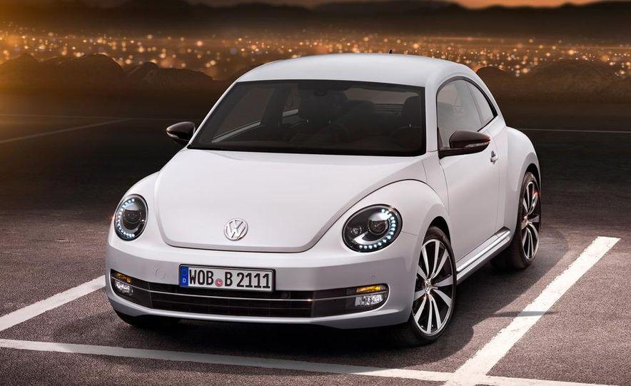 2012 Volkswagen Beetle - Slide 2