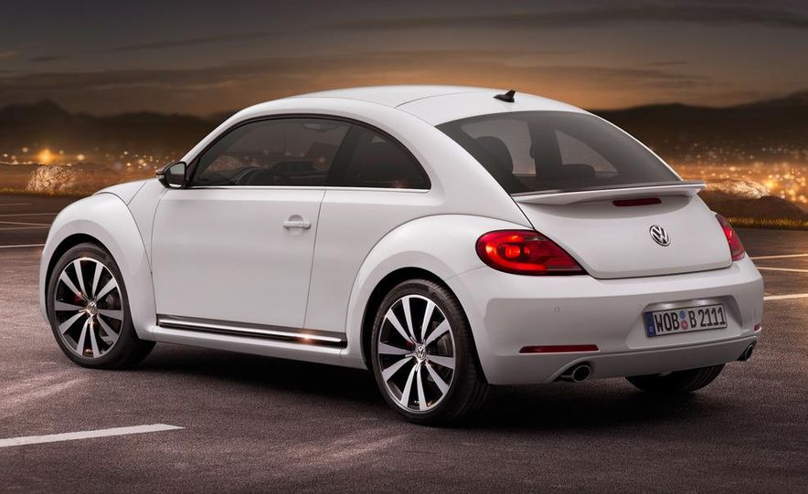 2012 Volkswagen Beetle - Slide 3