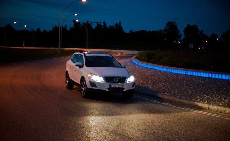 2012 Volvo S60 R-Design - Slide 19