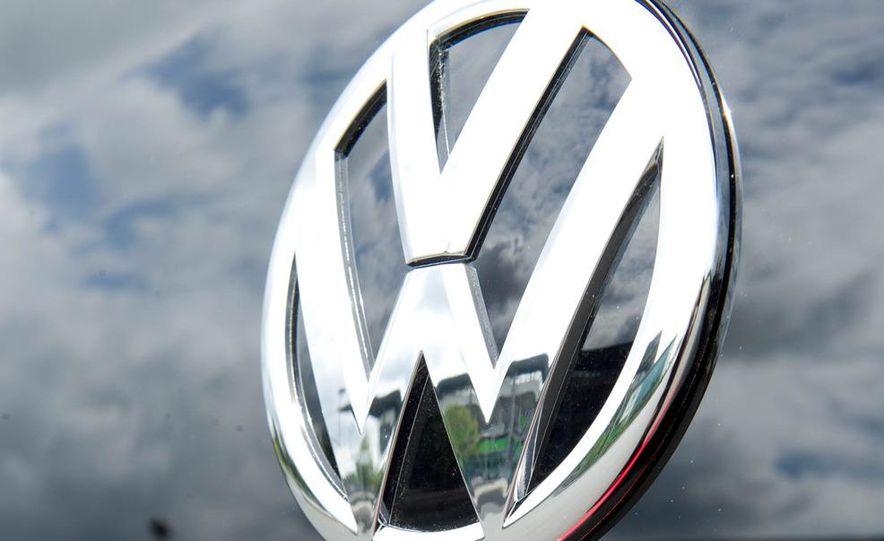 2013 Volkswagen Up! - Slide 20