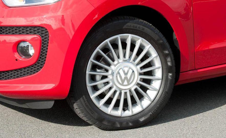 2013 Volkswagen Up! - Slide 17