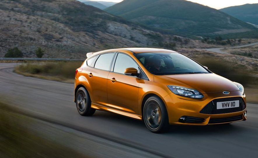 2012 Ford Focus ST (European spec) - Slide 3