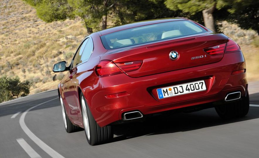 2012 BMW M5 - Slide 21
