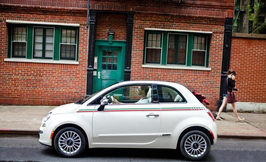 2012 Fiat 500C Cabrio - Slide 24