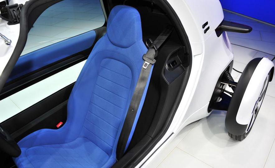 Volkswagen NILS concept - Slide 12