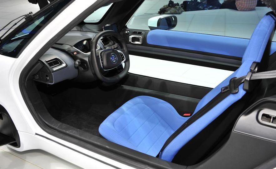 Volkswagen NILS concept - Slide 13