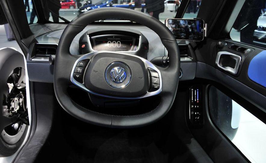 Volkswagen NILS concept - Slide 15