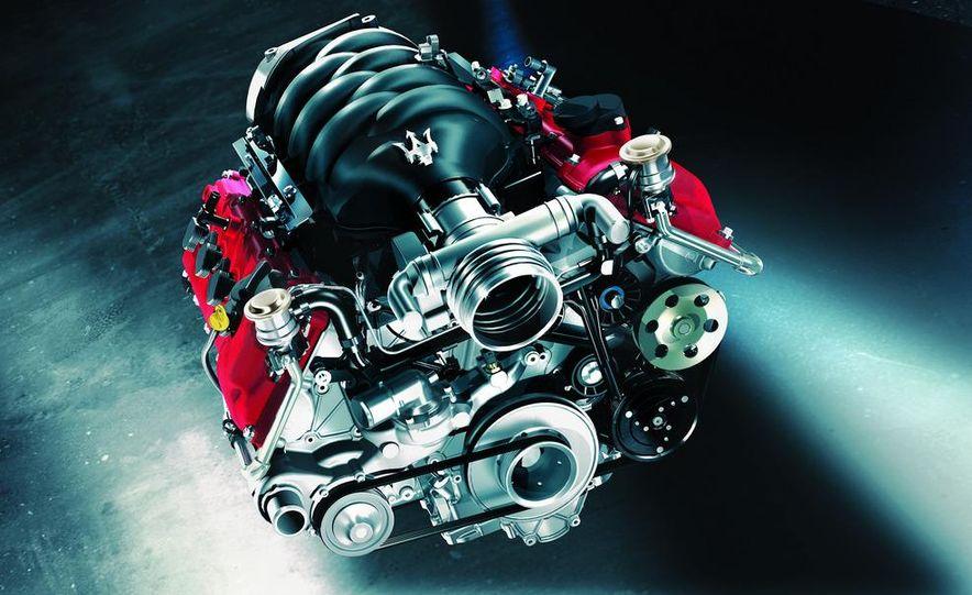 2012 Maserati GranTurismo MC - Slide 24