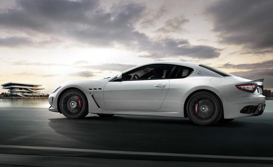 2012 Maserati GranTurismo MC - Slide 3