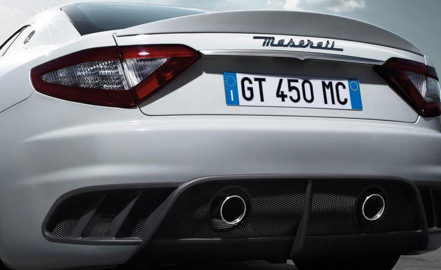 2012 Maserati GranTurismo MC - Slide 16