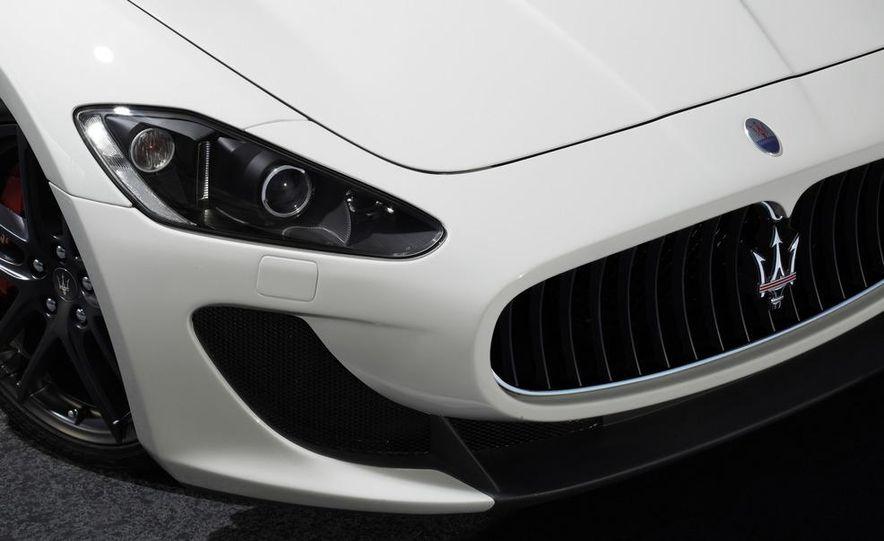 2012 Maserati GranTurismo MC - Slide 13