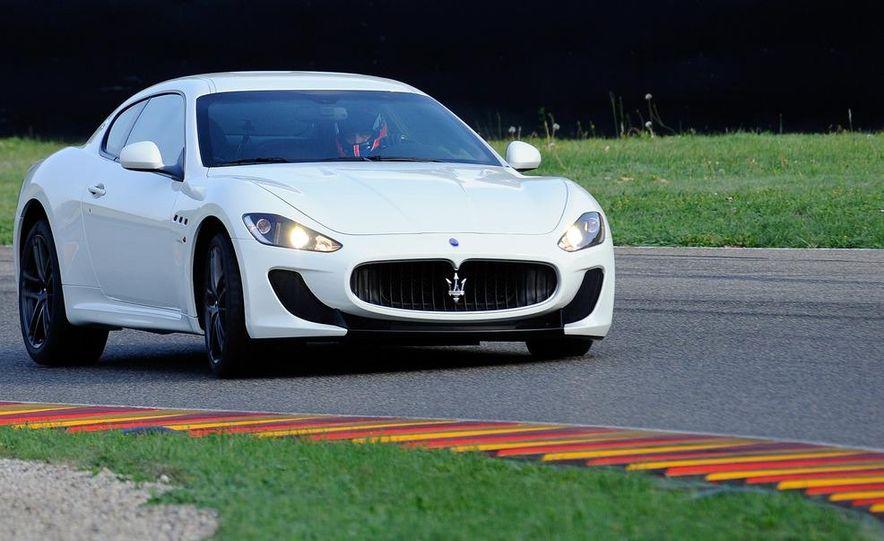 2012 Maserati GranTurismo MC - Slide 4