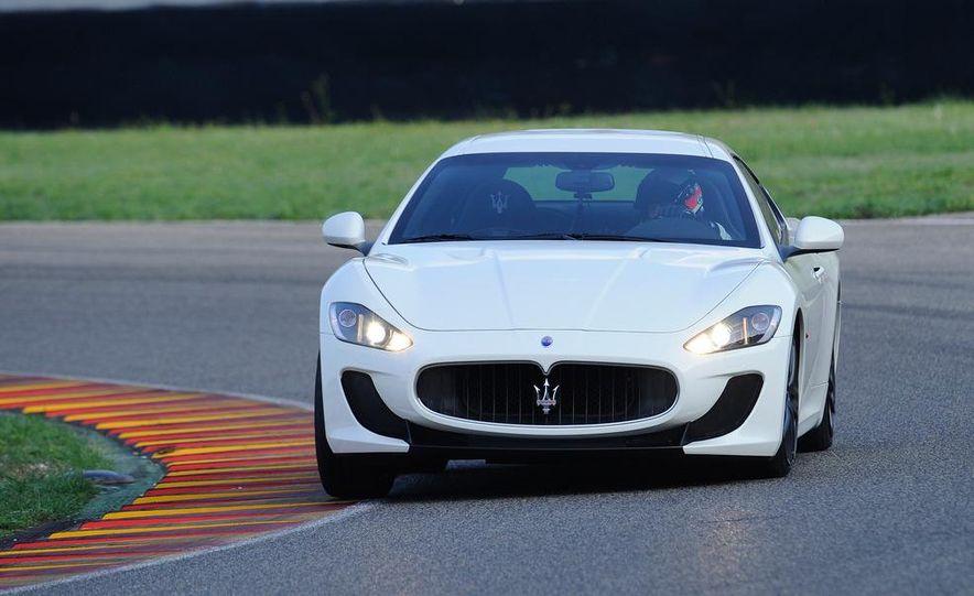 2012 Maserati GranTurismo MC - Slide 5