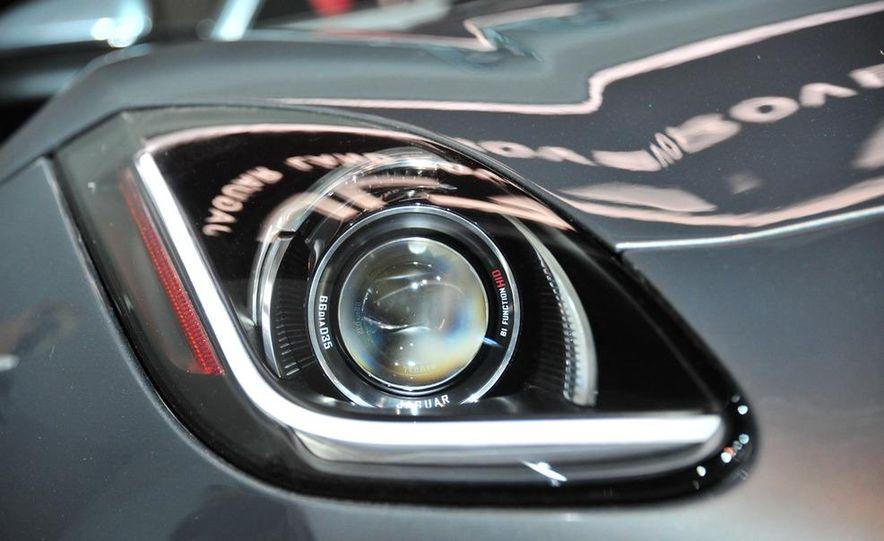 Jaguar CX-16 concept - Slide 34
