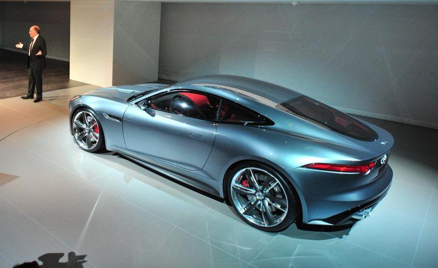 Jaguar CX-16 concept - Slide 21
