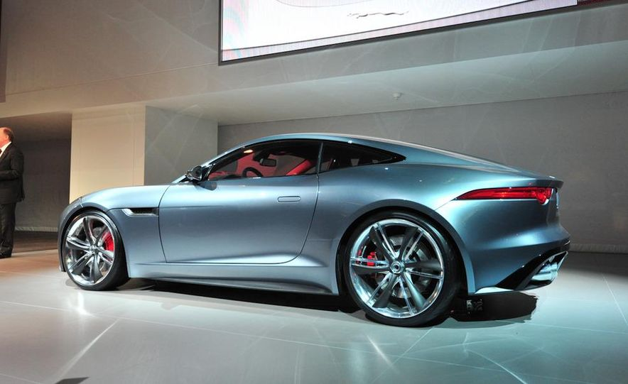 Jaguar CX-16 concept - Slide 22
