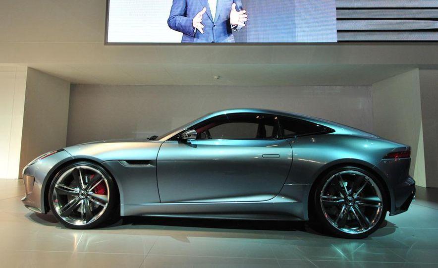 Jaguar CX-16 concept - Slide 13