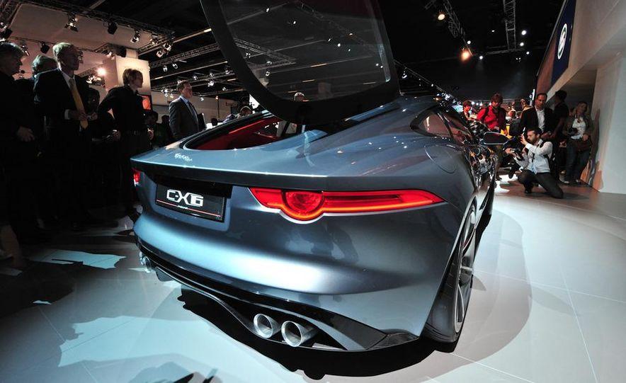 Jaguar CX-16 concept - Slide 14