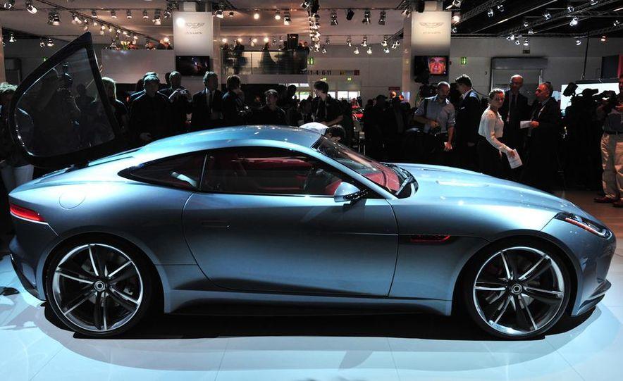 Jaguar CX-16 concept - Slide 15