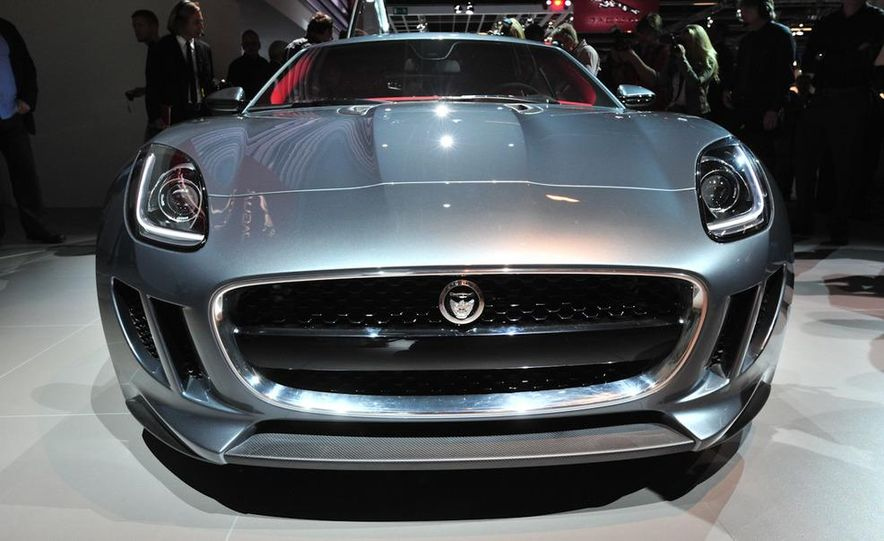 Jaguar CX-16 concept - Slide 9