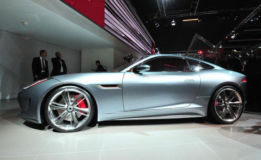 Jaguar CX-16 concept - Slide 18