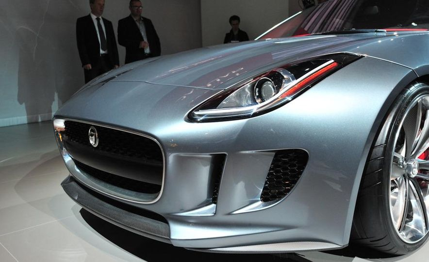 Jaguar CX-16 concept - Slide 11