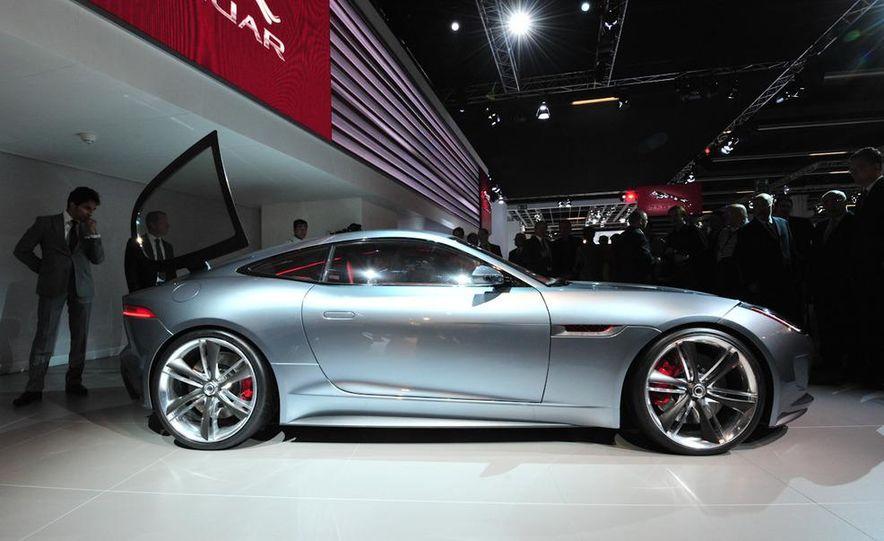 Jaguar CX-16 concept - Slide 19