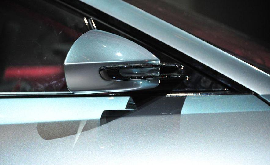 Jaguar CX-16 concept - Slide 36