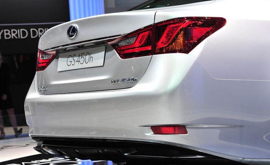 2013 Lexus GS450h - Slide 8