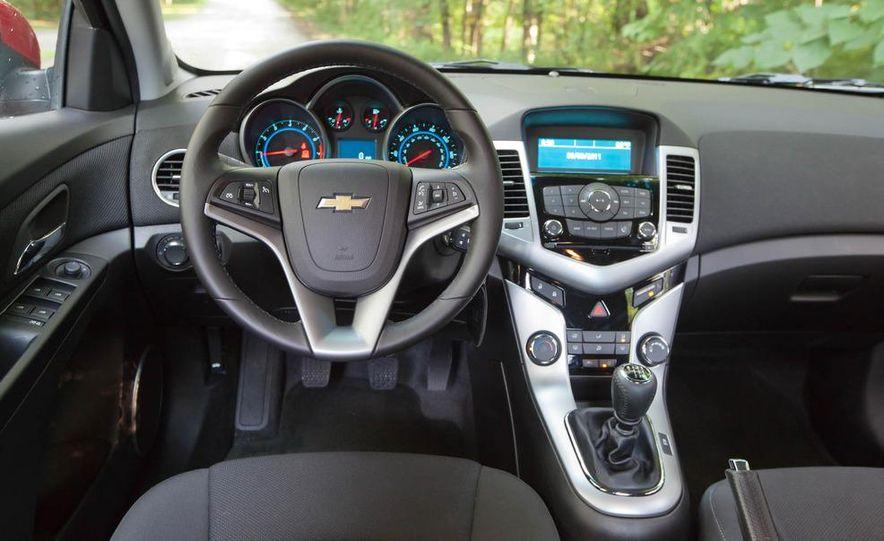 2011 Chevrolet Cruze Eco and Volt - Slide 14