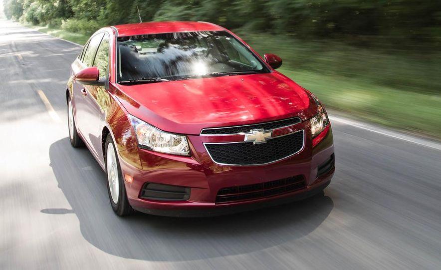 2011 Chevrolet Cruze Eco and Volt - Slide 4