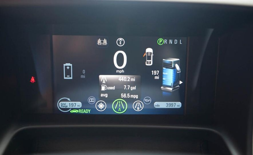 2011 Chevrolet Cruze Eco and Volt - Slide 35