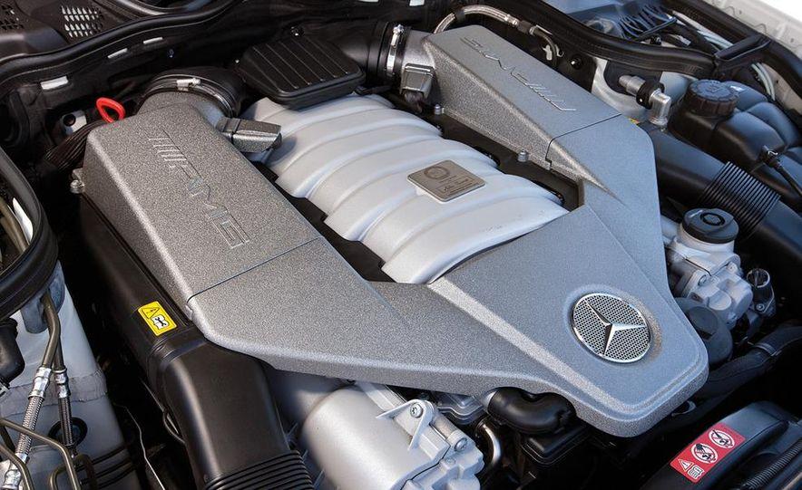 2012 Dodge Charger SRT8 and 2008 Mercedes-Benz E63 AMG - Slide 17