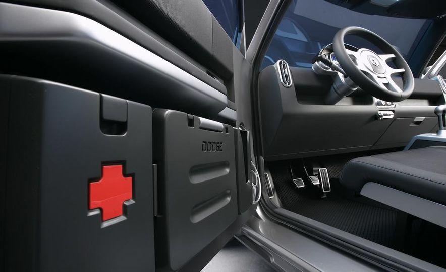 2013 Dodge small car (spy photo) - Slide 39