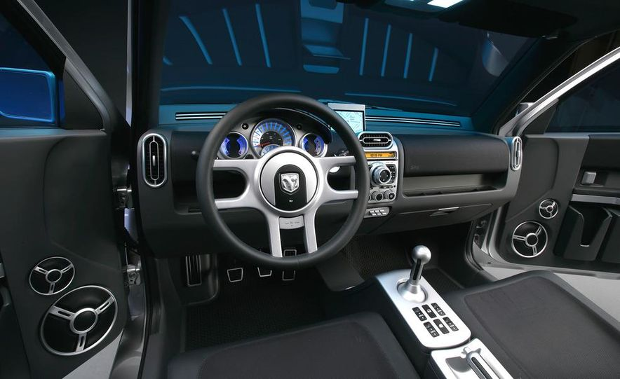 2013 Dodge small car (spy photo) - Slide 40