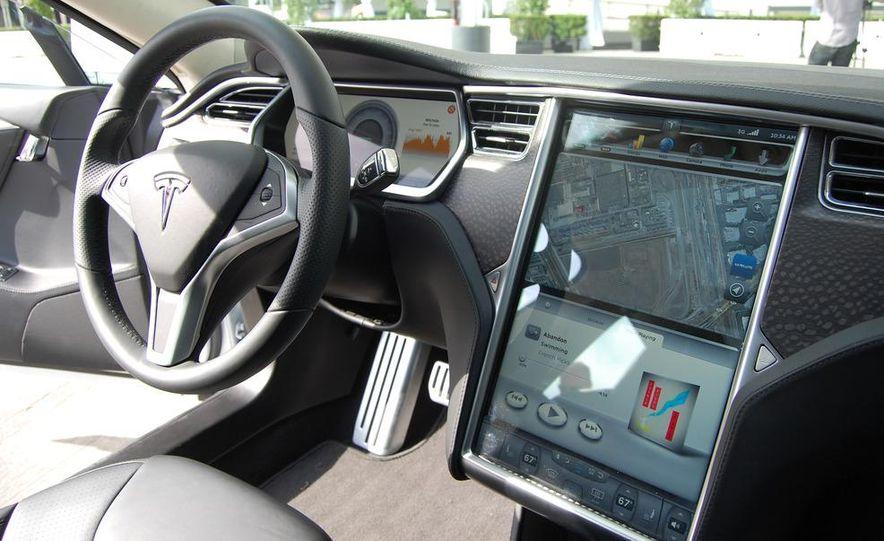 2012 Tesla Model S Signature - Slide 23