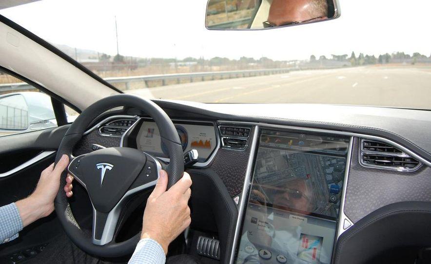 2012 Tesla Model S Signature - Slide 31