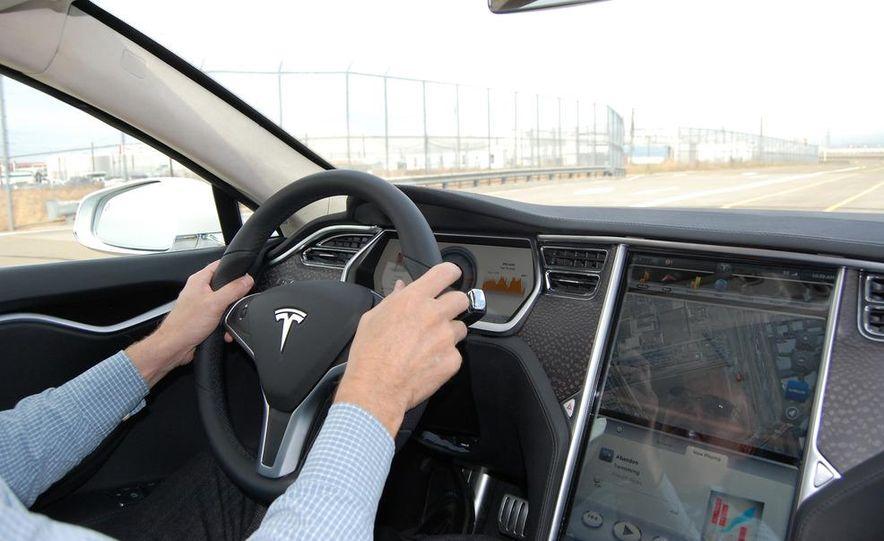 2012 Tesla Model S Signature - Slide 33
