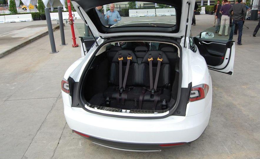 2012 Tesla Model S Signature - Slide 35
